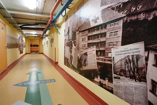V. Karaciejaus fotogalerija Klaipėdos apskrities ligoninės tech. koridoriuje
